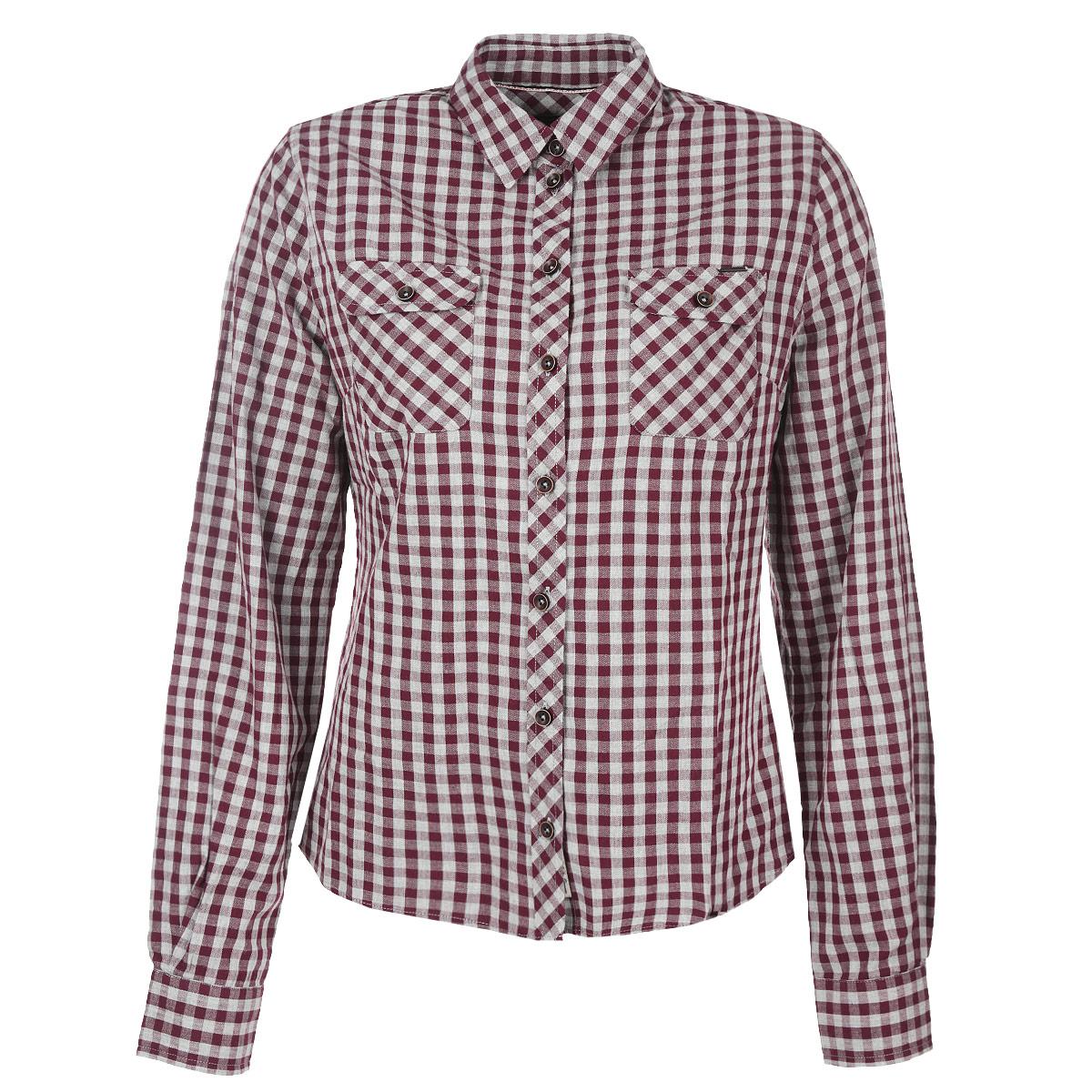 Рубашка женская. LCHWW043LCHWW043/WINEЖенская рубашка Lee Cooper, выполненная из высококачественного хлопка, обладает высокой теплопроводностью, воздухопроницаемостью и гигроскопичностью, позволяет коже дышать, тем самым обеспечивая наибольший комфорт при носке. Модель классического кроя с отложным воротником застегивается на пуговицы. Рубашка дополнена двумя накладными карманами на пуговицах на груди. Длинные рукава рубашки дополнены манжетами на пуговицах. Рубашка оформлена актуальным принтом в мелкую клетку Такая рубашка подчеркнет ваш вкус и поможет создать великолепный стильный образ.