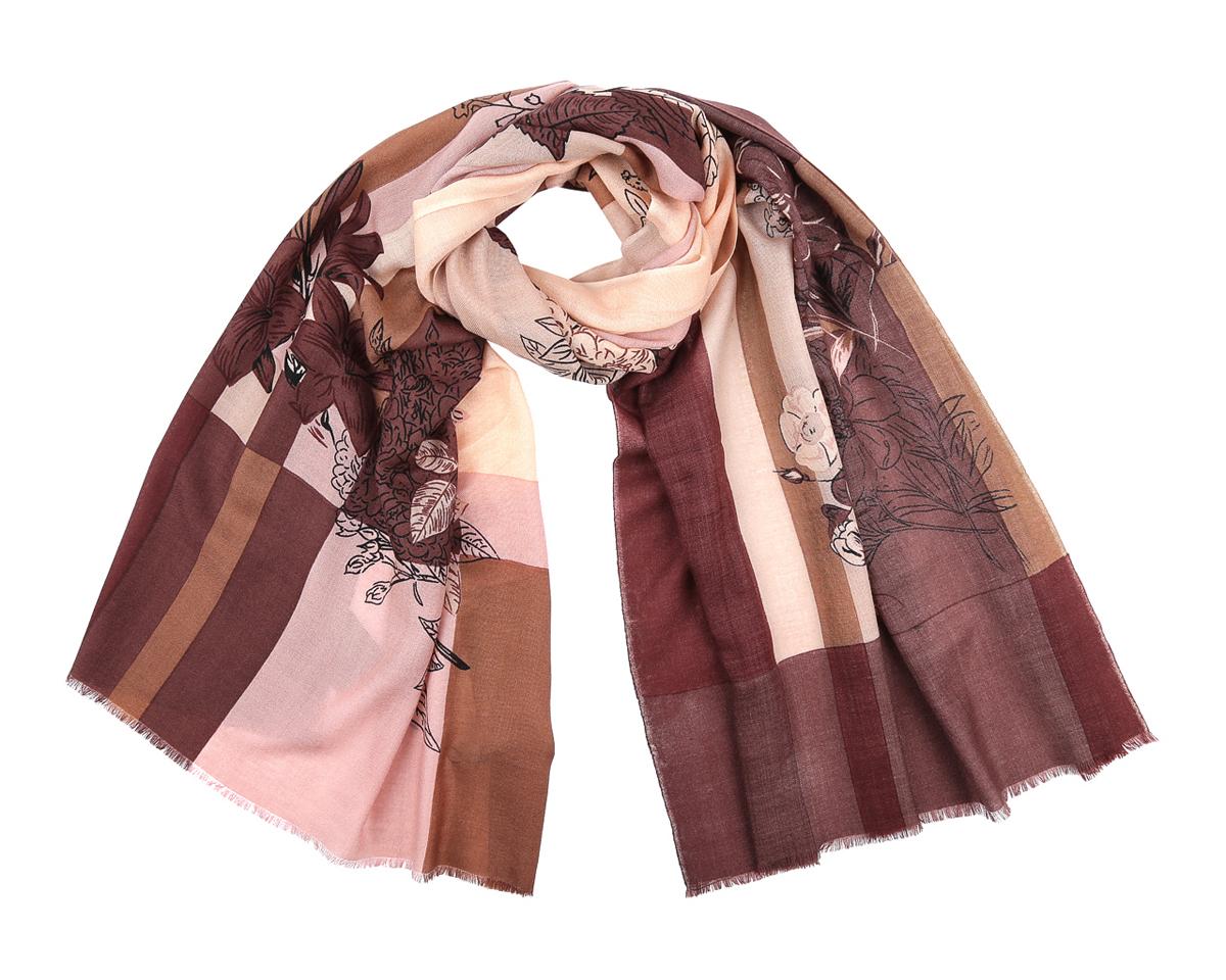 WP888-12Модный женский шарф Fabretti станет стильным аксессуаром, который призван подчеркнуть вашу индивидуальность и женственность. Шарф выполнен из 100% шерсти, оформлен крупными клетками и изображениями цветов, а также дополнен тонкой бахромой по краям. Этот модный аксессуар гармонично дополнит образ современной женщины, следящей за своим имиджем и стремящейся всегда оставаться стильной и элегантной. Такой шарф украсит любой наряд и согреет вас в непогоду, с ним вы всегда будете выглядеть изысканно и оригинально.