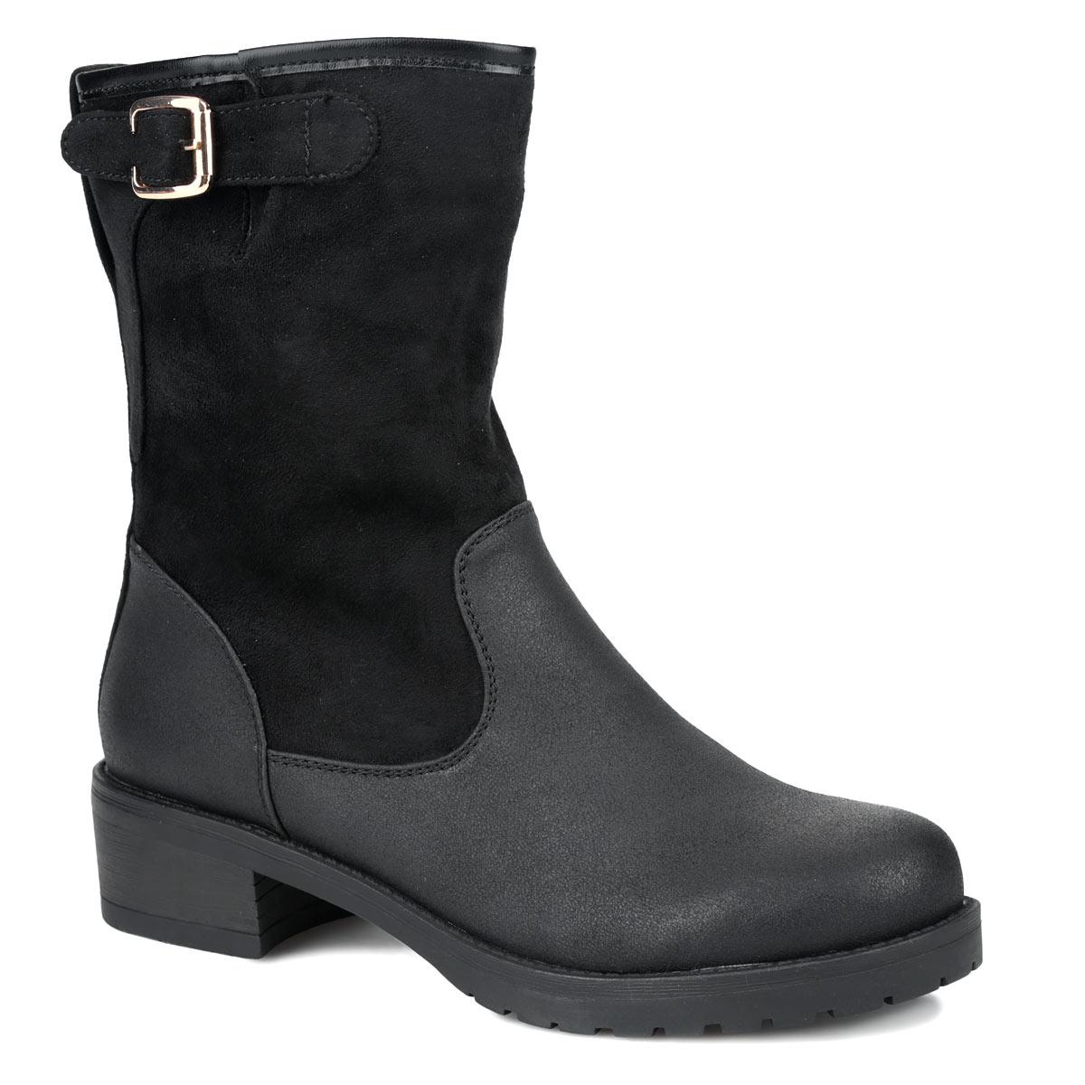 Ботинки женские. 42-HX-01 HX42-HX-01 HXОригинальные женские ботинки от Wilmar заинтересуют вас своим дизайном. Модель выполнена из искусственной кожи и искусственного спилока. Сбоку изделие оформлено вырезом и украшено декоративной пряжкой. Ботинки застегивается на боковую застежку-молнию. Подкладка и стелька из байки согреют ваши ноги в холодную погоду. Каблук умеренной высоты обеспечит модели устойчивость. Подошва с рифлением защищают изделие от скольжения. Эффектные ботинки подчеркнут ваш стиль и яркую индивидуальность. В них вы всегда будете чувствовать себя уютно и комфортно!