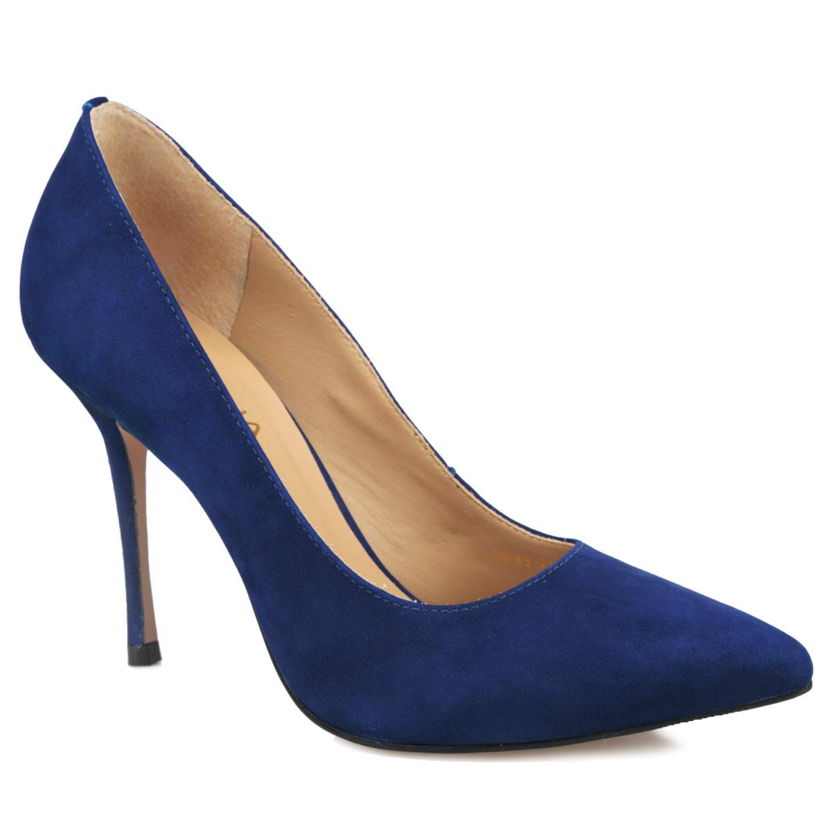 Туфли женские. 5833-215-2545833-215-254Элегантные женские туфли от Indiana займут достойное место в вашем гардеробе. Модель выполнена из натурального нубука и исполнена в лаконичном стиле. Зауженный носок добавит женственности в ваш образ. Стелька из натуральной кожи позволит ногам дышать. Высокий каблук устойчив. Подошва с рифлением защищает изделие от скольжения. Изысканные туфли добавят шика в модный образ и подчеркнут ваш безупречный вкус.