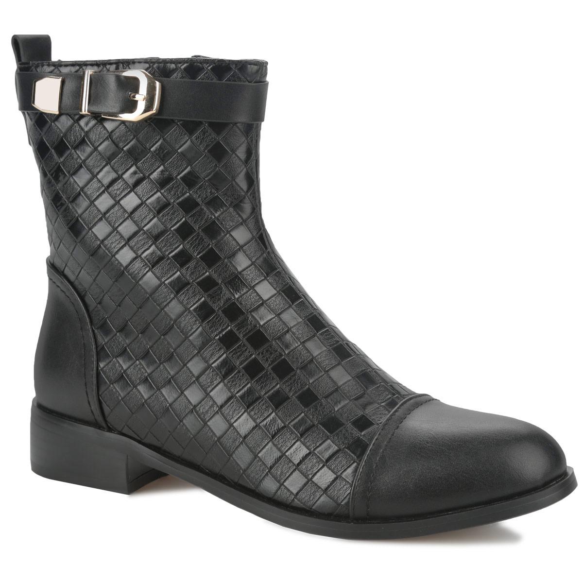 60119-01-1BТрендовые ботинки от Inario займут достойное место в вашем гардеробе. Модель выполнена из искусственной кожи и оформлена тиснением в виде ромбов. Голенище опоясывает декоративный ремешок с металлической пряжкой. Ярлычок на заднике облегчает надевание обуви. Ботинки застегиваются на боковую застежку-молнию. Мягкая подкладка и стелька из байки сохраняют тепло, обеспечивая максимальный комфорт при движении. Невысокий каблук устойчив. Рифленая поверхность каблука и подошвы защищает изделие от скольжения. В таких стильных ботинках вашим ногам будет комфортно и уютно!