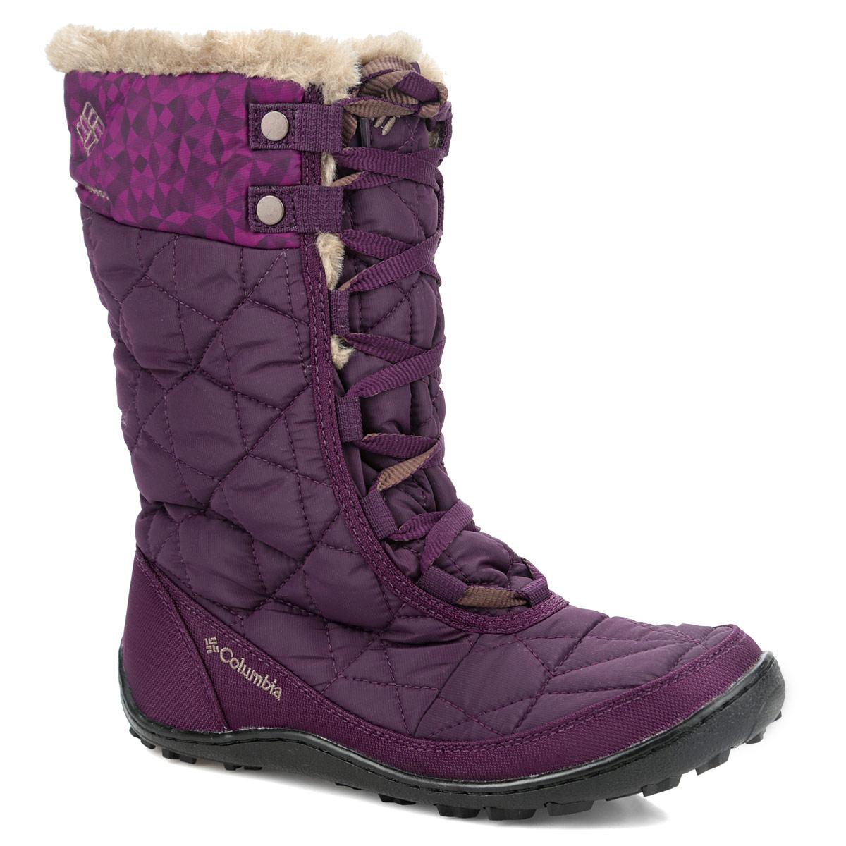 Сапоги женские Minx Mid II Omni-Heat PrintBL1587Стильные зимние женские сапоги Minx Mid II Omni-Heat Print от Columbia, изготовленные из влагонепроницаемого текстиля, предназначены для активного отдыха и повседневной носки. Верх модели выполнен из нейлона с прочными накладками для износоустойчивости. Подкладка с технологией Omni-Heat Reflective сохранит ваши ноги в тепле. Благодаря утеплителю Omni-Heat плотностью 200 гр. сапоги прекрасно сохраняют тепло. На голенище и язычке подкладка выполнена из искусственного меха. Плотная шнуровка надежно фиксирует модель на ноге. Верх сапог декорирован отстрочкой, вышитым логотипом бренда и опушкой из искусственного меха. Подошва с технологией Techlite выполнена из гибкого, легкого материала обладающего отличной амортизацией. Подметка с технологией Omni-Grip со специальным рисунком протектора обеспечит надежное сцепление на зимних поверхностях. Эти сапоги можно сочетать с самыми разнообразными вещами вашего гардероба, они сделают вас ярче и подчеркнут ваш индивидуальный стиль.