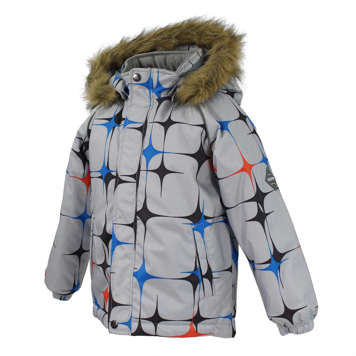 Куртка для мальчика Marinel. 1720BW01_Q1720BW01_Q28Очаровательная куртка для мальчика Huppa Marinel идеально подойдет для ребенка в холодное время года. Курточка изготовлена из водоотталкивающей и ветрозащитной ткани с утеплителем из HuppaTherm - 100% полиэстера. HuppaTherm - высокотехнологичный легкий синтетический утеплитель нового поколения. Уникальная структура микроволокон не позволяет проникнуть холодному воздуху, в то же время, удерживая теплый воздух между волокнами, обеспечивая высокую теплоизоляцию изделия. Полиуретан с микропорами препятствует прохождению воды и ветра сквозь ткань внутрь изделия, в то же время, позволяя испаряться выделяемой телом влаге. Для максимальной влагонепроницаемости изделия основные швы проклеены водостойкой лентой. Сплетения волокон в тканях выполнены по специальной технологии, которая придает ткани прочность и предохраняет от истирания. В качестве подкладки используется 100% полиэстер. Куртка с капюшоном и рукавами-реглан застегивается на пластиковую застежку-молнию и дополнительно имеет...