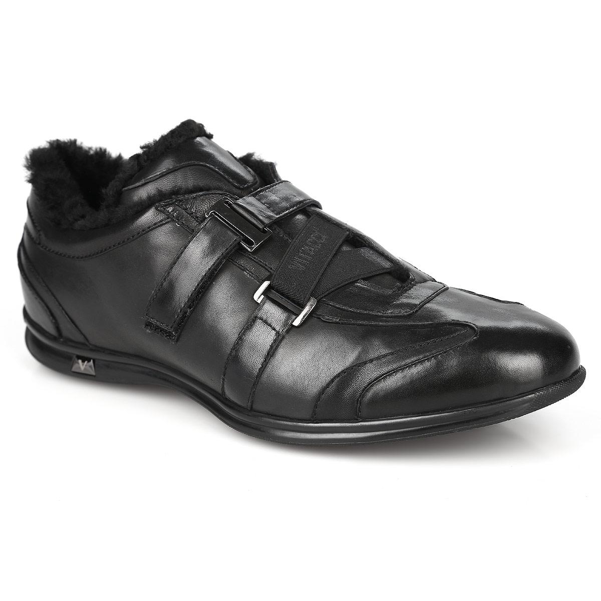 Ботинки мужские. M13219M**M13219M**Модные мужские ботинки от Vitacci покорят вас своим удобством. Модель выполнена из натуральной кожи. Подкладка и стелька из натурального меха сохранят ваши ноги в тепле. Ботинки застегиваются на хлястик с липучкой. Подошва с протектором гарантируют идеальное сцепление с любыми поверхностями. Стильные ботинки прекрасно впишутся в ваш гардероб.