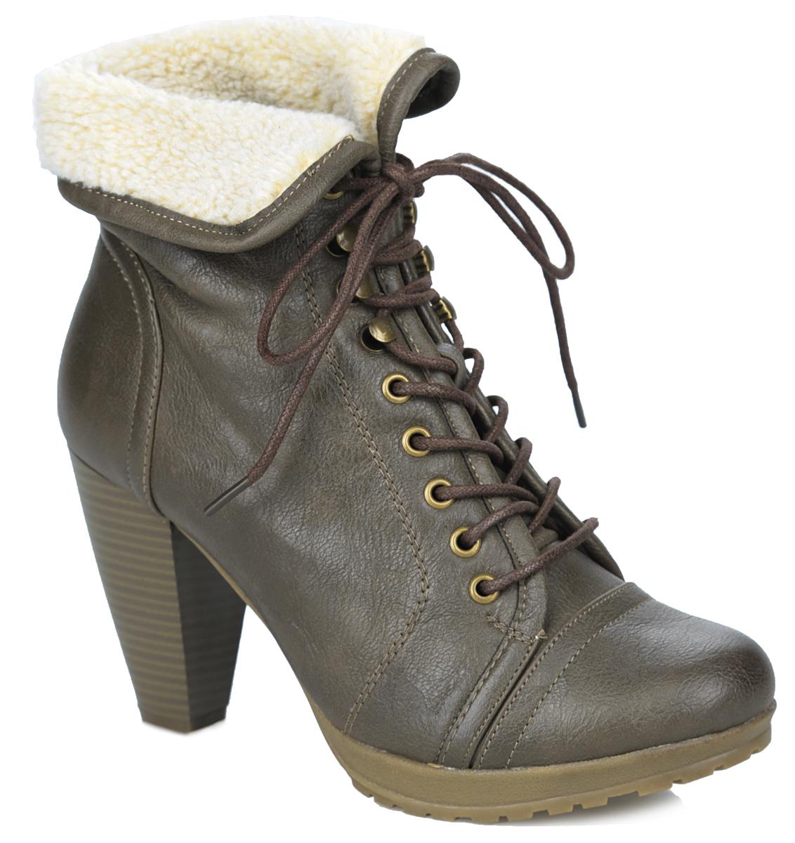 Ботильоны. SW15_B11753SW15_B11753_KHAKIСтильные ботильоны от Spur поразят вас своим дизайном! Модель выполнена из искусственной кожи. Подкладка и стелька - из шерсти, защитят ноги от холода и обеспечат комфорт. Подъем изделия оформлен шнуровкой, которая прочно зафиксирует модель на вашей ноге. Верх голенища декорирован меховым отворотом. Высокий каблук, стилизованный под дерево, устойчив. Подошва из резины с рельефным протектором обеспечивает отличное сцепление на любой поверхности. Модные ботильоны покорят вас своим оригинальным дизайном и удобством!