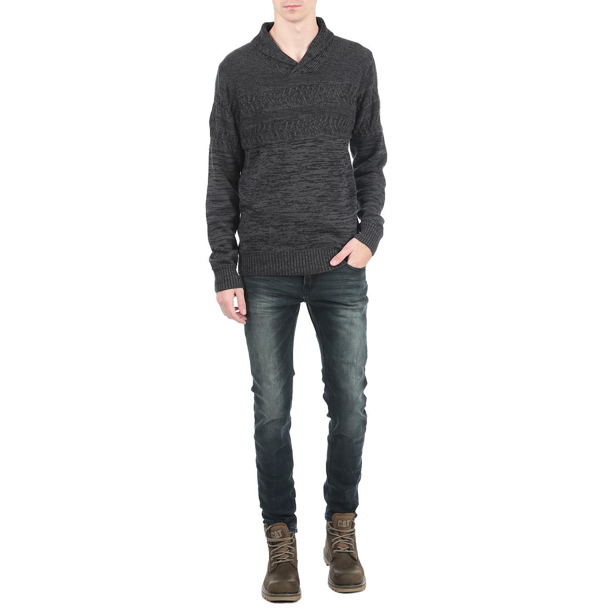 Джинсы мужские Tyler. 1015306710153067_537Стильные мужские джинсы Broadway - джинсы высочайшего качества на каждый день, которые прекрасно сидят. Модель зауженного к низу кроя и средней посадки изготовлена из высококачественного материала. Застегиваются джинсы на пуговицу в поясе и ширинку на молнии, имеются шлевки для ремня. Спереди модель оформлены двумя втачными карманами и одним небольшим секретным кармашком, а сзади - двумя накладными карманами. Эти модные и в тоже время комфортные джинсы послужат отличным дополнением к вашему гардеробу. В них вы всегда будете чувствовать себя уютно и комфортно.