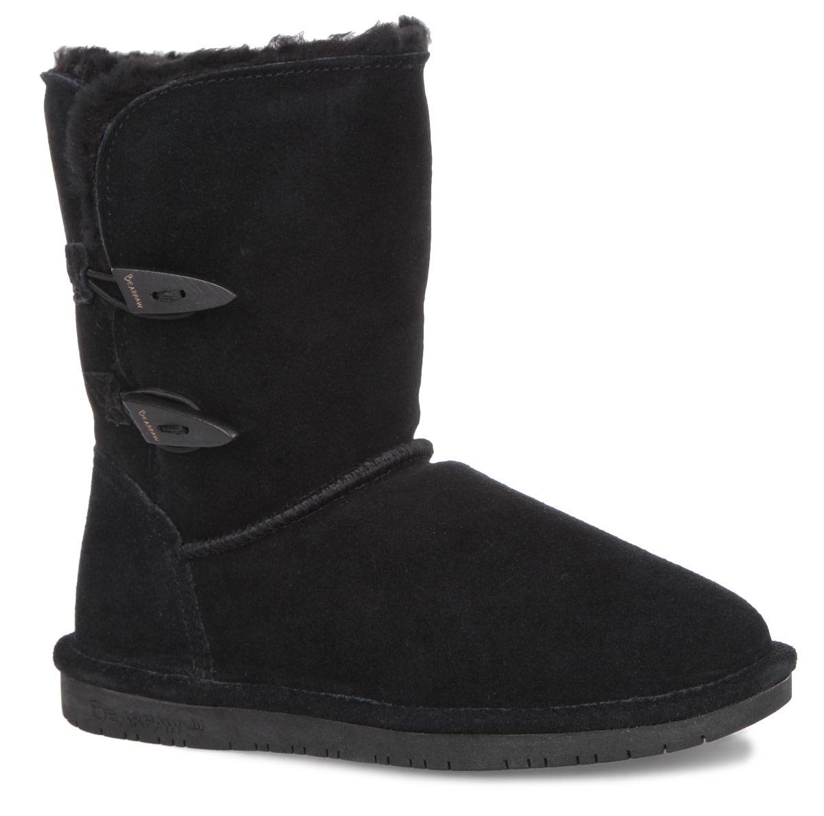682WМодные угги Bearpaw Abigail не позволят вашим ногам замерзнуть. Обувь выполнена из натуральной замши и оформлена крупными декоративными швами, на заднике - текстильной нашивкой с названием и логотипом бренда. Изюминка модели - деревянные пуговицы, которые застегиваются на эластичные петельки. Подкладка и стелька, выполненные из натуральной овечьей шерсти, подарят вашим ногам комфорт и уют. Подошва с рифлением в виде фирменного рисунка обеспечивает отличное сцепление на скользкой поверхности. Стильные угги займут достойное место среди вашей коллекции обуви. В них вашим ногам будет комфортно и уютно.