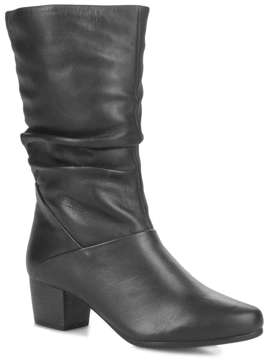 Полусапоги женские. 9-9-25353-25-0019-9-25353-25-001Оригинальные женские полусапоги от Caprice - идеальный вариант на каждый день. Модель изготовлена из натуральной кожи. Внутренняя часть и стелька - из ворсина, защитят ноги от холода и обеспечат комфорт. Закругленный вытянутый носок смотрится невероятно женственно. Объем голенища декорирован складками. Сбоку с внутренней стороны изделие дополнено эластичной вставкой. Полусапоги застегиваются на застежку-молнию. Подошва из резины с рельефным протектором обеспечивает отличное сцепление на любой поверхности. Умеренной высоты каблук, стилизованный под дерево, устойчив. В этих сапогах вашим ногам будет комфортно и уютно.