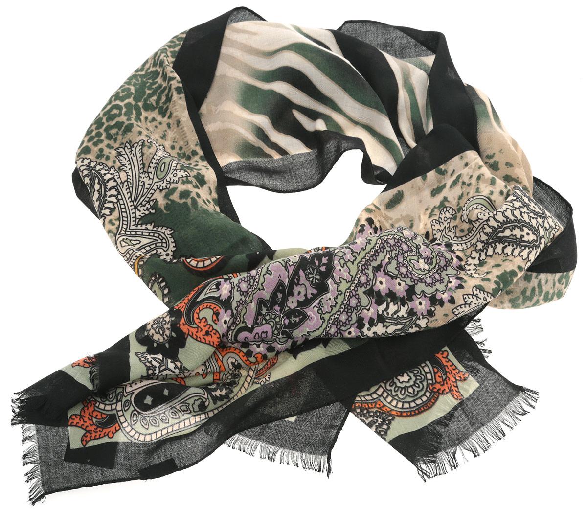 ШарфYGW028-1Потрясающий женский шарф Fabretti выполнен из шерсти в сочетании с вискозой и украшен актуальным узором пейсли. Края модели оформлены коротенькой бахромой. Великолепный женский шарф Fabretti станет вашим верным спутником, а окружающие обязательно будут обращать свое восторженное внимание на вас.