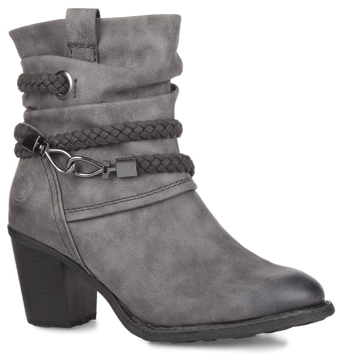 Ботинки женские. 2-2-25344-25-2022-2-25344-25-202Оригинальные женские ботинки от Marco Tozzi заинтересуют вас своим дизайном. Модель выполнена из искусственной кожи. Внутренняя подкладка и стелька - из текстиля, защитят ноги от холода и обеспечат комфорт. Объем голенища от щиколотки до верха украшен декоративными складками, а также оригинальным ремешком с плетением косички и двумя карабинами. Сбоку предусмотрен хлястик, помогающий надеть обувь. Умеренной высоты каблук, стилизованный под дерево, устойчив. Ботинки застегиваются на молнию, расположенную на одной из боковых сторон. Подошва из резины с рельефным протектором обеспечивает отличное сцепление на любой поверхности. В этих ботинках вашим ногам будет комфортно и уютно. Они подчеркнут ваш стиль и индивидуальность.