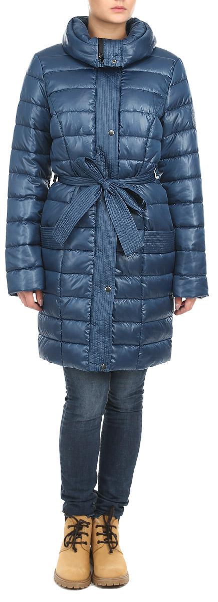 Куртка женская. AL-2642AL-2642Стильная женская куртка Grishko отлично подойдет для прохладной погоды. Модель приталенного силуэта с воротником-стойкой застегивается на застежку-молнию и дополнительно планкой на металлические кнопки. Куртка оформлена эффектной стежкой, создающей стройный и дополнена съемным поясом. Модель дополнена двумя врезными карманами. С изнаночной стороны имеется прорезной карман на застежке-молнии. Утеплитель выполнен из холлофайбера, который отличается повышенной теплоизоляцией, антибактериальными свойствами, долговечностью в использовании, и необычайно легок в носке и уходе. Изделия легко стираются в машинке, не теряя первоначального внешнего вида. Эта модная куртка послужит отличным дополнением к вашему гардеробу.