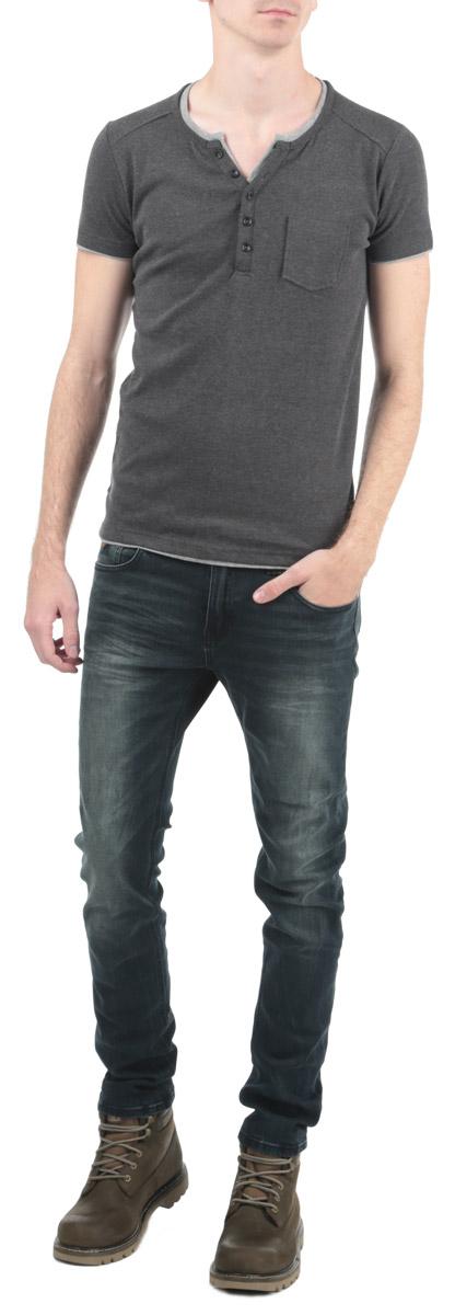 80102774_833Стильная мужская футболка Broadway, выполненная из высококачественного трикотажного материала, обладает высокой воздухопроницаемостью и гигроскопичностью, позволяет коже дышать. Модель с короткими рукавами и круглым вырезом горловины дополнена накладным карманом . Эта футболка - идеальный вариант для создания эффектного образа.