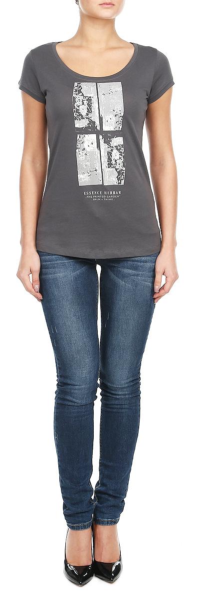 Футболка женская. 10152866 86H10152866_86HСтильная женская футболка Broadway, выполненная из натурального хлопка, прекрасно подойдет для повседневной носки. Материал очень мягкий и приятный на ощупь, не сковывает движения и позволяет коже дышать. Футболка слегка приталенного кроя с короткими рукавами имеет круглый вырез горловины, дополненный трикотажной резинкой. Изделие оформлено оригинальным принтовым рисунком и надписями. Такая модель будет дарить вам комфорт в течение всего дня и станет модным дополнением к вашему гардеробу.