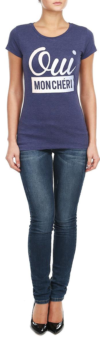 ФутболкаZ-TS-1811_NAVY MELСтильная женская футболка Moodo, выполненная из хлопка с добавлением полиэстера, прекрасно подойдет для повседневной носки. Материал очень мягкий и приятный на ощупь, не сковывает движения и позволяет коже дышать. Футболка слегка приталенного кроя с короткими рукавами имеет круглый вырез горловины, дополненный трикотажной резинкой. Изделие оформлено оригинальными принтовыми надписями. Такая модель будет дарить вам комфорт в течение всего дня и станет модным дополнением к вашему гардеробу.