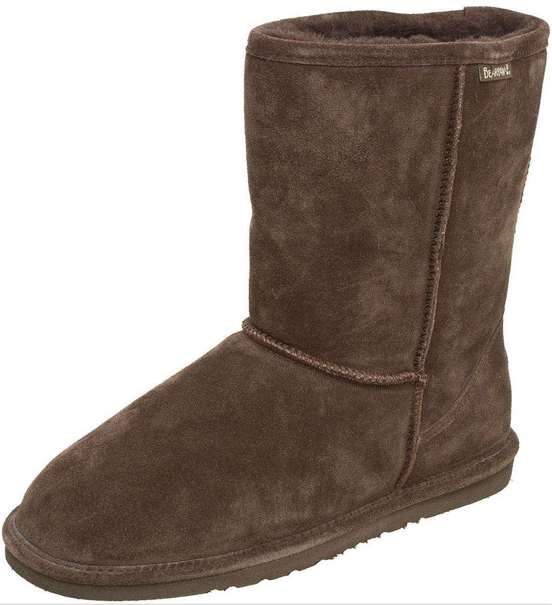 Угги мужские Dorado. 430M430MКлассические мужские угги Bearpaw Dorado не позволят вашим ногам замерзнуть. Модель выполнена из натуральной замши и оформлена крупными декоративными швами, на заднике - текстильной нашивкой с названием бренда. Ширина голенища компенсирует отсутствие застежек. Подкладка и стелька, выполненные из натуральной овечьей шерсти, подарят вашим ногам комфорт и уют. Подошва с рифлением защищает изделие от скольжения. Стильные угги займут достойное место среди вашей коллекции обуви. В них вашим ногам будет комфортно и уютно.