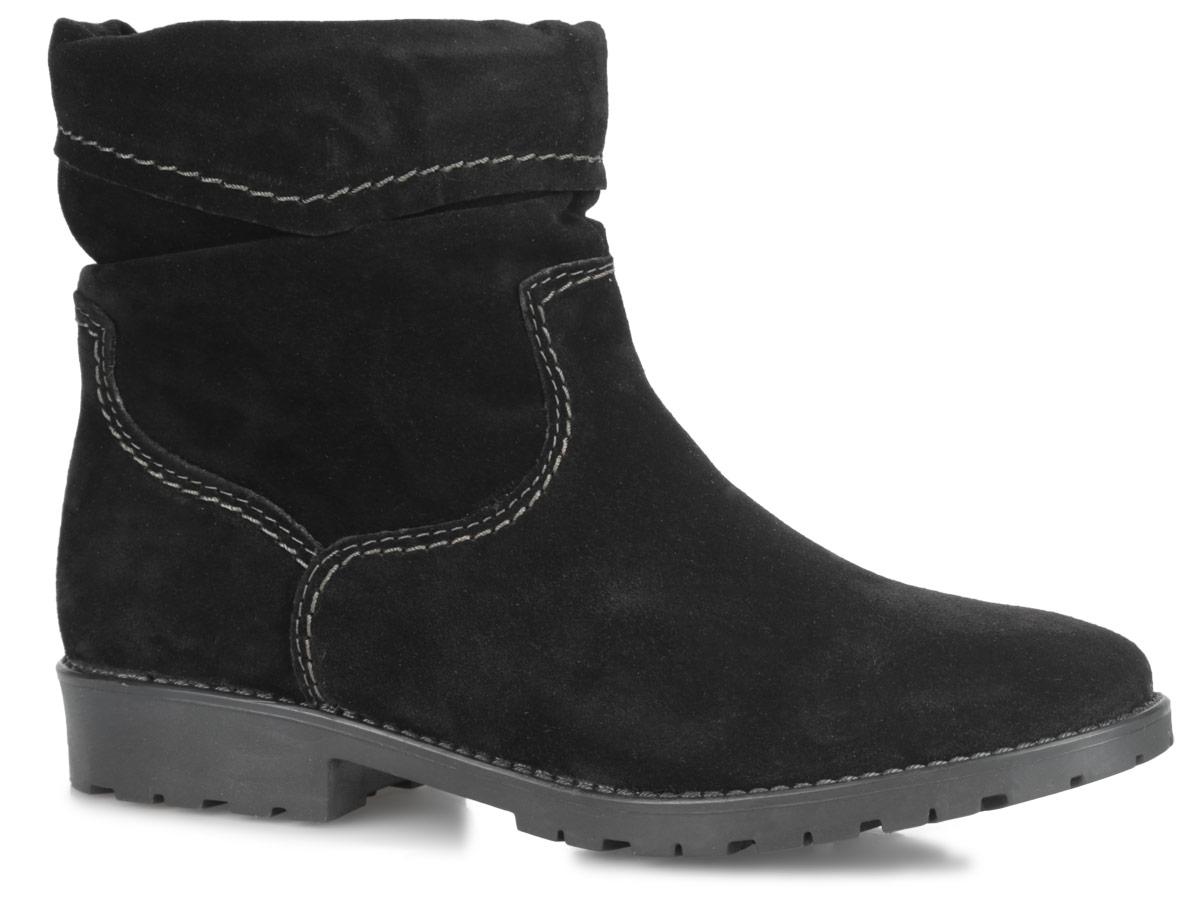 Ботинки женские. 1-1-26005-25-0011-1-26005-25-001Стильные женские ботинки от Tamaris заинтересуют вас своим дизайном. Модель выполнена из натурального нубука и оформлена прострочкой. Подкладка и стелька из искусственного меха комфортны при ходьбе. Ботинки застегиваются на застежку-молнию, расположенную на одной из боковых сторон. Подошва с рельефным протектором обеспечивает отличное сцепление на любой поверхности. В таких ботинках вашим ногам будет комфортно и уютно. Они подчеркнут ваш стиль и индивидуальность.