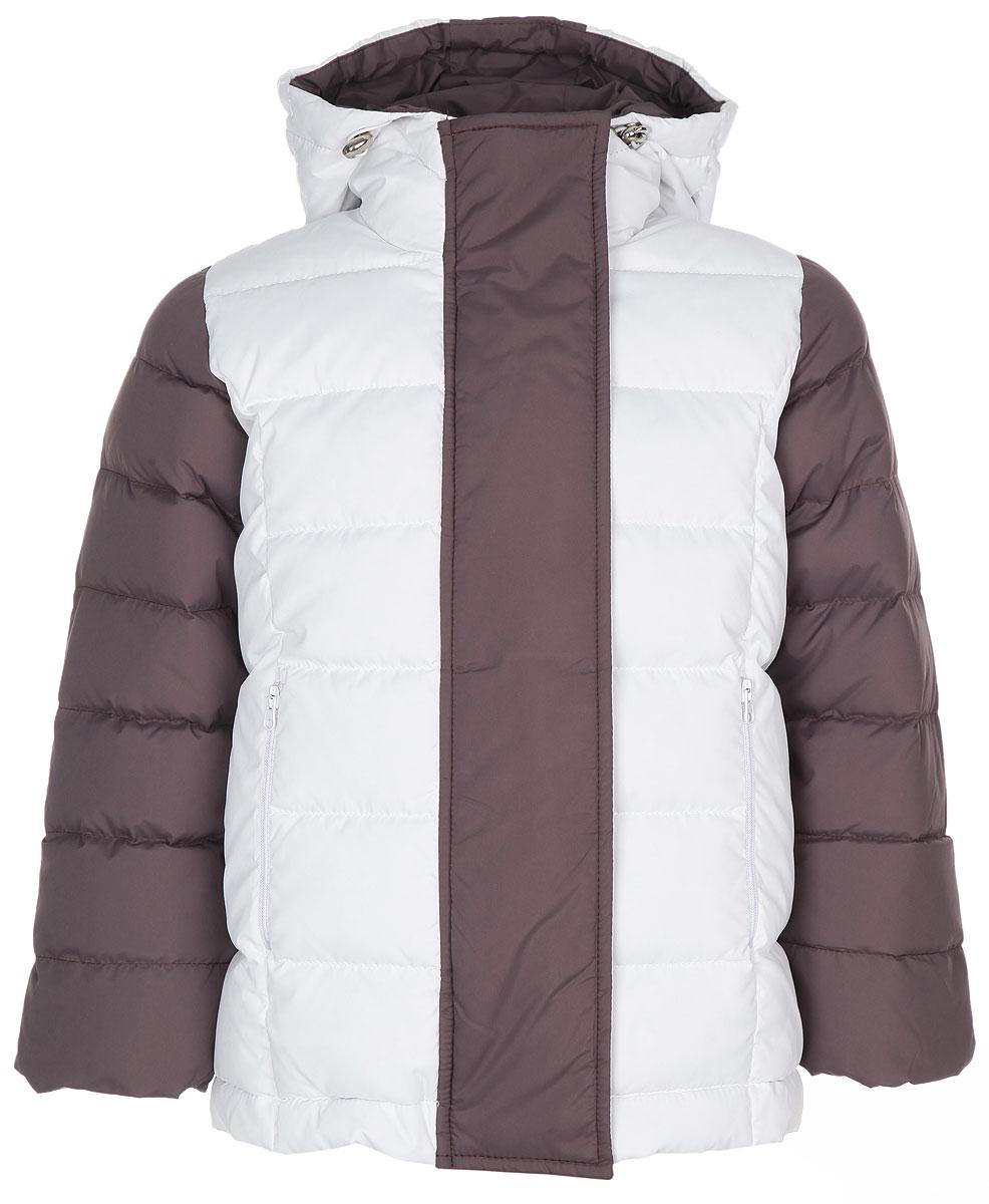 Куртка для девочки. 39-11039-110Теплая куртка для девочки Ёмаё идеально подойдет для вашей маленькой модницы в холодное время года. Модель изготовлена из 100% полиэстера на комбинированной подкладке из вискозы и полиэстера. В качестве наполнителя используются гусиный пух и перо. Пух - самый эффективный природный утеплитель, хорошо дышащий и исключительно комфортный материал. Стеганая куртка с капюшоном застегивается на пластиковую застежку-молнию и дополнительно имеет внешнюю ветрозащитную планку на кнопках. Капюшон, присборенный по краю на скрытую резинку со стопперами, не отстегивается. Низ рукавов дополнен скрытыми трикотажными манжетами, которые мягко обхватывают запястья. Спереди предусмотрены два прорезных кармана на молниях. Понизу проходит скрытая резинка со стопперами. Теплая, комфортная и практичная куртка идеально подойдет для прогулок и игр на свежем воздухе!