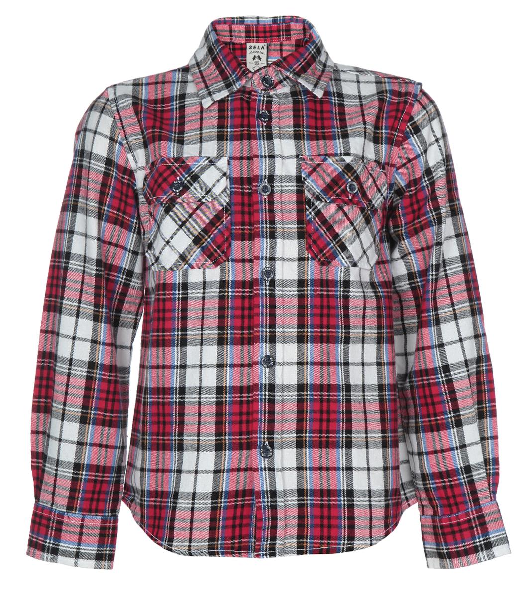Рубашка для мальчика. H-712/441-5414H-712/441-5414Утепленная рубашка для мальчика Sela с длинными рукавами идеально подойдет вашему ребенку и станет отличным дополнением к детскому гардеробу. Изготовленная из натурального хлопка, она необычайно мягкая и приятная на ощупь, не сковывает движения и позволяет коже дышать, не раздражает даже самую нежную и чувствительную кожу ребенка, обеспечивая ему наибольший комфорт. Рубашка с отложным воротничком застегивается на пуговицы по всей длине. На груди она дополнена двумя накладными кармашками с клапанами на пуговицах. Рукава понизу дополнены широкими манжетами на пуговицах. Оформлена модель принтом в клетку. Современный дизайн и расцветка делают эту рубашку модным и стильным предметом детского гардероба. В ней ваш маленький мужчина всегда будет в центре внимания!