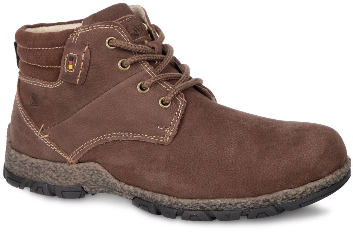 Ботинки мужские. SM2743_60_02SM2743_60_02Стильные мужские ботинки от Spur - отличный вариант на каждый день. Модель выполнена из нубука. Застегиваются ботинки на боковую застежку-молнию. Шнуровка прочно зафиксирует обувь на ноге. Подкладка и стелька из натуральной шерсти не дадут вашим ногам замерзнуть. Язычок оформлен фирменным тиснением. Резиновая подошва с протектором гарантируют идеальное сцепление с любыми поверхностями. В таких ботинках вашим ногам будет комфортно и уютно. Они подчеркнут ваш стиль и индивидуальность.