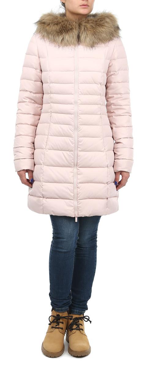 Куртка10131047 330Стильная женская куртка Broadway согреет вас в прохладное время года. Модель с длинными рукавами и капюшоном имеет наполнитель из натурального пуха и пера, который обеспечивает надежное сохранение тепла. Такая куртка не позволит вам замерзнуть даже в морозные дни. Капюшон оформлен съемным искусственным мехом. Модель застегивается на застежку-молнию. Куртка дополнена двумя втачными карманами на молниях спереди и одним внутренним карманом на липучке. Рукава оснащены внутренними трикотажными манжетами. Эта модная и в то же время комфортная куртка - отличный вариант для прогулок, она подчеркнет ваш изысканный вкус и поможет создать неповторимый образ.