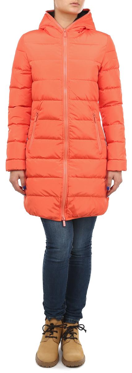 Куртка10131049 540Стильная удлиненная женская куртка Broadway согреет вас в прохладное время года. Модель с длинными рукавами и капюшоном имеет наполнитель из натурального пуха и пера, который обеспечивает надежное сохранение тепла. Такая куртка не позволит вам замерзнуть даже в морозные дни. Модель застегивается на двустороннюю застежку-молнию, которая продолжается по краю капюшона. Куртка дополнена двумя втачными карманами на молниях спереди и одним внутренним карманом на липучке. Рукава и низ куртки оснащены эластичными манжетами. На талии куртка стягивается при помощи шнурка-кулиски. Эта яркая и в то же время комфортная куртка - отличный вариант для прогулок, она подчеркнет ваш изысканный вкус и поможет создать неповторимый образ.