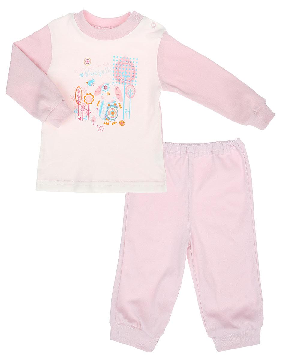 Пижама3257Детская пижама КотМарКот Слоник, состоящая из футболки с длинным рукавом и брюк, идеально подойдет вашему ребенку. Выполненная из натурального хлопка, она необычайно мягкая и легкая, не сковывает движения, позволяет коже дышать и не раздражает даже самую нежную и чувствительную кожу ребенка. Футболка с длинными рукавами и круглым вырезом горловины имеет застежки-кнопки по плечевому шву, что помогает с легкостью переодеть ребенка. Вырез горловины и манжеты на рукавах дополнены трикотажными эластичными резинками. Модель оформлена принтом с изображением слоника, а также надписью. Брюки прямого кроя на талии имеют эластичную резинку, благодаря чему они не сдавливают животик ребенка и не сползают. Низ брючин дополнен широкими трикотажными манжетами. Пижама станет отличным дополнением к детскому гардеробу. В ней ваш ребенок будет чувствовать себя комфортно и уютно во время сна.