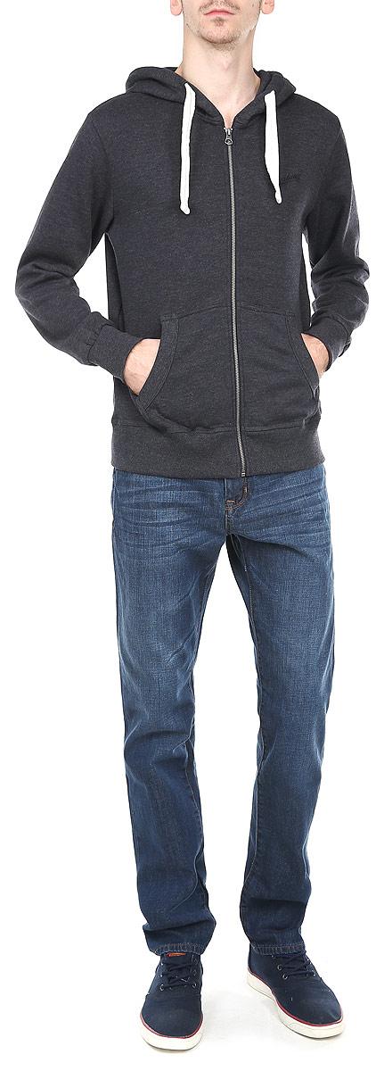 Толстовка мужская. 8010277580102775_569Утепленная мужская толстовка Broadway, изготовленная из высококачественного материала, необычайно мягкая и приятная на ощупь, не сковывает движения, обеспечивая наибольший комфорт. Толстовка с капюшоном на кулиске застегивается на застежку-молнию и имеет два вместительных кармана спереди. Слева на груди модель оформлена вышитой надписью Broadway. Толстовка имеет широкую мягкую резинку по низу и манжетам, что предотвращает проникновение холодного воздуха. Эта модная и в тоже время комфортная толстовка отличный вариант как для активного отдыха, так и для занятий спортом!