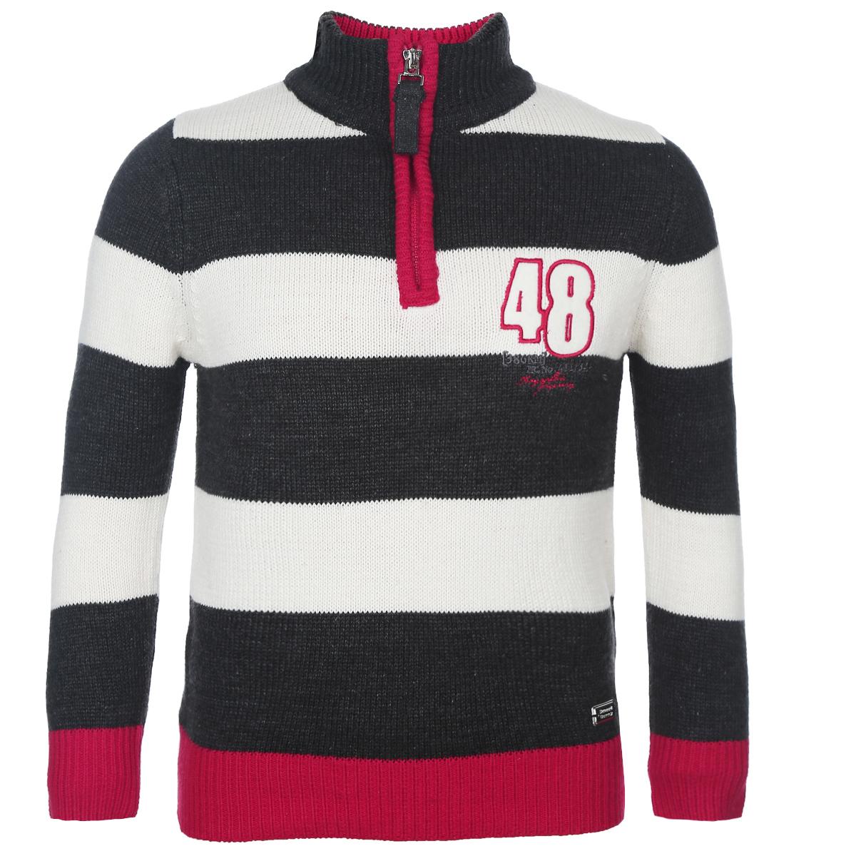 Свитер для мальчика. 186363186363Стильный теплый свитер для мальчика Sweet Berry идеально подойдет вашему маленькому моднику в прохладную погоду. Изготовленный из хлопковой пряжи с добавлением акрила, он необычайно мягкий и приятный на ощупь, не сковывает движения и позволяет коже дышать, не раздражает даже самую нежную и чувствительную кожу ребенка, обеспечивая ему наибольший комфорт. Свитер с длинными рукавами и воротником-стойкой спереди застегивается на небольшую пластиковую застежку-молнию. Оформлен свитер цветными вязаными полосками, а на груди украшен небольшой вышивкой. Низ изделия, манжеты и горловина связаны резинкой. Современный дизайн и расцветка делают этот свитер модным и стильным предметом детского гардероба. В нем ваш маленький мужчина будет чувствовать себя уютно и комфортно и всегда будет в центре внимания!