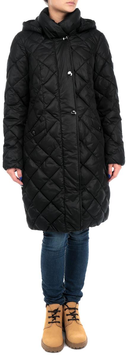 W15-11022_141Удлиненная женская куртка Finn Flare выполнена из высококачественного плотного материала, рассчитана на холодную погоду. Она поможет вам почувствовать себя максимально комфортно и стильно. Модель с длинными рукавами, капюшоном, воротником-стойкой застегивается на застежку-молнию и дополнительно ветрозащитным клапаном на металлические кнопки. Рукава дополнены эластичными резинками. Капюшон пристегивается с помощью металлических кнопок. Модель оформлена стеганой отстрочкой и дополнена двумя втачными карманами на кнопках. В этой куртке вам будет комфортно. Модная фактура ткани, отличное качество, великолепный дизайн.