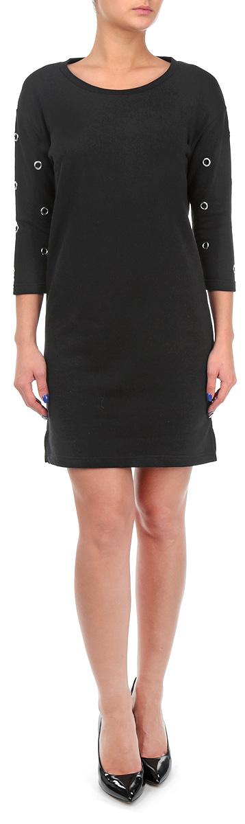 Платье. TSU0471CATSU0471CAОчаровательное платье Troll прямого кроя из мягкого плотного трикотажа подойдет не только для повседневной носки, но и с легкостью поможет создать романтический образ. Модель с круглым вырезом горловины и рукавами 1/2 выполнена из хлопка с добавлением полиэстера. Изюминка модели - декоративные элементы на рукавах. Это стильное платье подарит вам комфорт и станет отличным дополнением к вашему гардеробу.