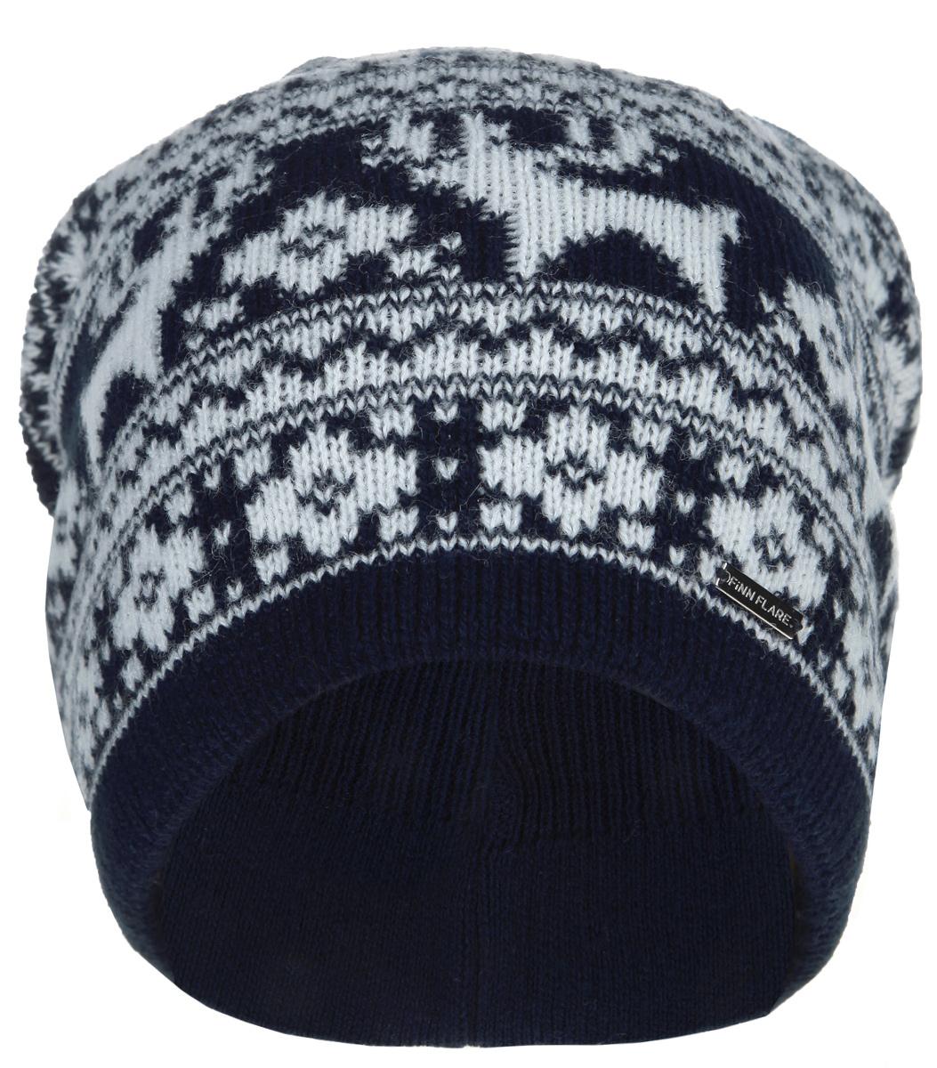 Шапка женская. W15-12124W15-12124Все, что нужно не только для того, чтобы согреться, но и для дополнения модного образа - это замечательная шапка Finn Flare. Модель двойной плотной вязки, полушерстяная, отлично дополнит ваш образ в холодную погоду. Шапочка оформлена вязаным орнаментом с оленями и помпоном. Декорирована небольшим элементом в виде металлической пластины с названием бренда. Такая шапка составит идеальный комплект с модной верхней одеждой, в ней вам будет уютно и тепло!