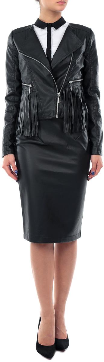 Куртка женская. SKU0664CASKU0664CAСтильная женская куртка Top Secret, изготовленная из полиуретана на подкладке из полиэстера, смотрится модно и свежо. Куртка застегивается на металлическую застежку-молнию по диагонали. На лицевой стороне расположены два прорезных кармана на застежках-молниях. Модель оформлена бахромой. Манжеты рукавов дополнены молниями. Эта модная куртка - отличный вариант для прогулок, она подчеркнет ваш изысканный вкус и поможет создать неповторимый образ.