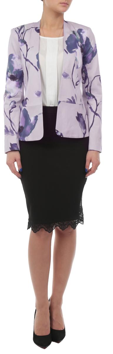 ПиджакSZK0415GBСтильный женский пиджак Top Secret, изготовленный из хлопка с добавлением эластана, обладает высокой теплопроводностью, воздухопроницаемостью и гигроскопичностью, очень приятен при носке. Модель приталенного кроя с длинными рукавами и V-образной горловиной. Пиджак без застежки. Изделие оформлено цветочным принтом. Пиджак Top Secret будет дарить вам комфорт в течение всего дня и послужит замечательным дополнением к вашему гардеробу.