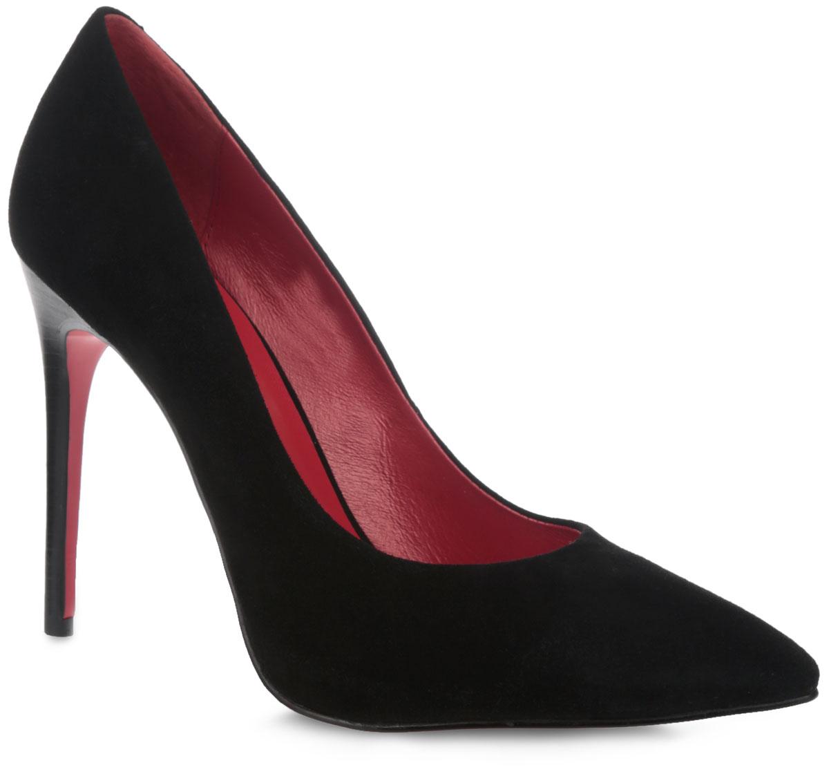 Туфли женские. F1359-5BF1359-5BИзысканные женские туфли от Winzor поразят вас своим дизайном! Модель выполнена из натурального велюра и исполнена в лаконичном стиле. Подкладка и стелька - из натуральной кожи контрастного цвета, позволят ногам дышать и обеспечат максимальный комфорт при ходьбе. Зауженный носок добавит женственности в ваш образ. Ультравысокий каблук-шпилька компенсирован скрытой платформой. Подошва из полимерного термопластичного материала для лучшей сцепки с поверхностью. Изысканные туфли добавят в ваш образ немного шарма и подчеркнут ваш безупречный вкус.
