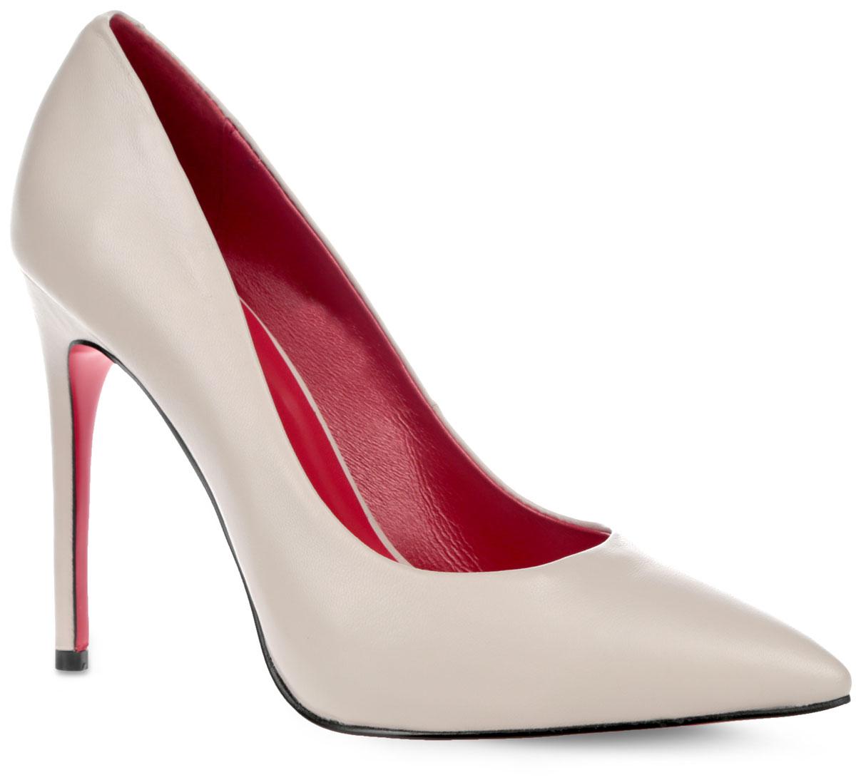Туфли женские. F1359-5F1359-5AИзысканные женские туфли от Winzor поразят вас своим дизайном! Модель выполнена из натуральной гладкой кожи и исполнена в лаконичном стиле. Подкладка и стелька - из натуральной кожи контрастного цвета, позволят ногам дышать и обеспечат максимальный комфорт при ходьбе. Зауженный носок добавит женственности в ваш образ. Ультравысокий каблук-шпилька компенсирован скрытой платформой. Подошва из полимерного термопластичного материала с рифленым протектором не скользит. Изысканные туфли добавят в ваш образ немного шарма и подчеркнут ваш безупречный вкус.