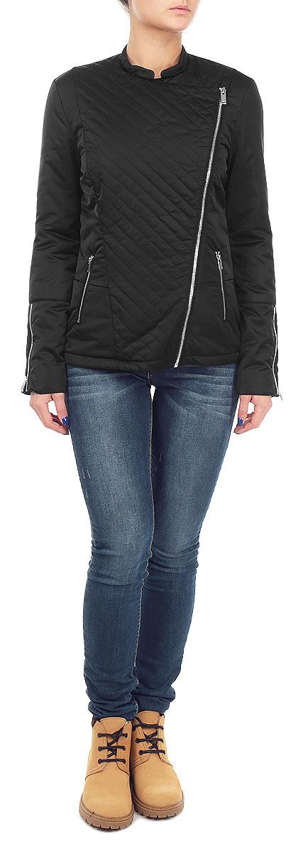 Куртка женская. DKU0057DKU0057CAУдобная и стильная женская куртка Drywash согреет вас в прохладное время года. Модель с длинными рукавами и воротником-стойкой застегивается на асимметричную застежку-молнию. Куртка дополнена двумя втачными карманами на молниях спереди. Манжеты рукавов украшены декоративными застежками-молниями. Эта модная и в то же время комфортная куртка - отличный вариант для прогулок, она подчеркнет ваш изысканный вкус и поможет создать неповторимый образ.