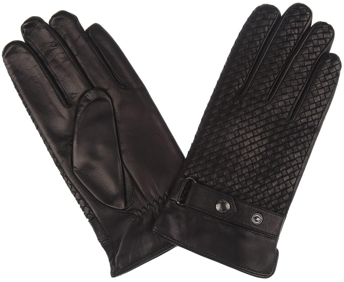 Перчатки мужские 2.602.60-1 blackПотрясающие мужские перчатки Fabretti не только защитят ваши руки, но и станут любимым аксессуаром. Перчатки выполнены из кожи эфиопского ягненка, а их подкладка - из шерсти с добавлением кашемира. Перчатки оформлены эксклюзивной плетеной кожей. С лицевой стороны манжеты дополнены декоративными ремешками на кнопках. Тыльная сторона оснащена резинкой для оптимальной посадки модели на руке. Модель благодаря своему лаконичному исполнению прекрасно дополнит образ любого мужчины и сделает его более стильным, придав тонкую нотку брутальности.