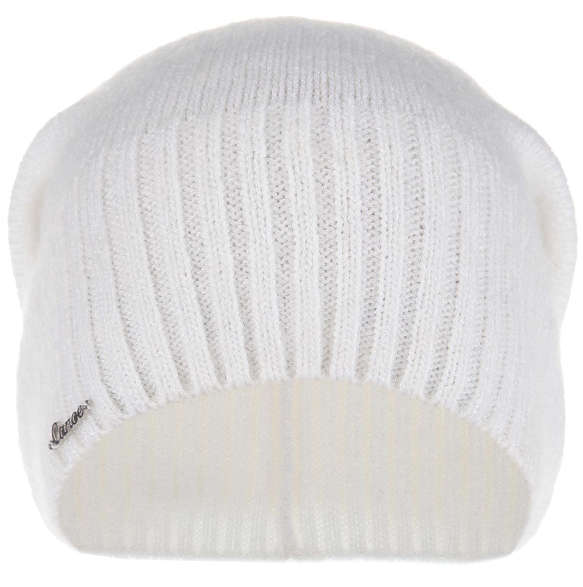 Шапка3446680Стильная женская шапка Canoe Lina идеально подойдет для прогулок и занятия спортом в прохладное время года. Удлиненная шапка мелкой вязки выполнена из высококачественной вискозной пряжи с добавлением итальянского суперкид мохера, что обеспечивает невероятную легкость и мягкость, а также позволяет шапке надежно сохранять тепло. Низ шапки связан резинкой, что обеспечивает эластичность и удобную посадку. Шапка оформлена металлическим лейблом с логотипом производителя. Такая шапка станет модным и стильным дополнением вашего зимнего гардероба. Она согреет вас и позволит подчеркнуть свою индивидуальность!