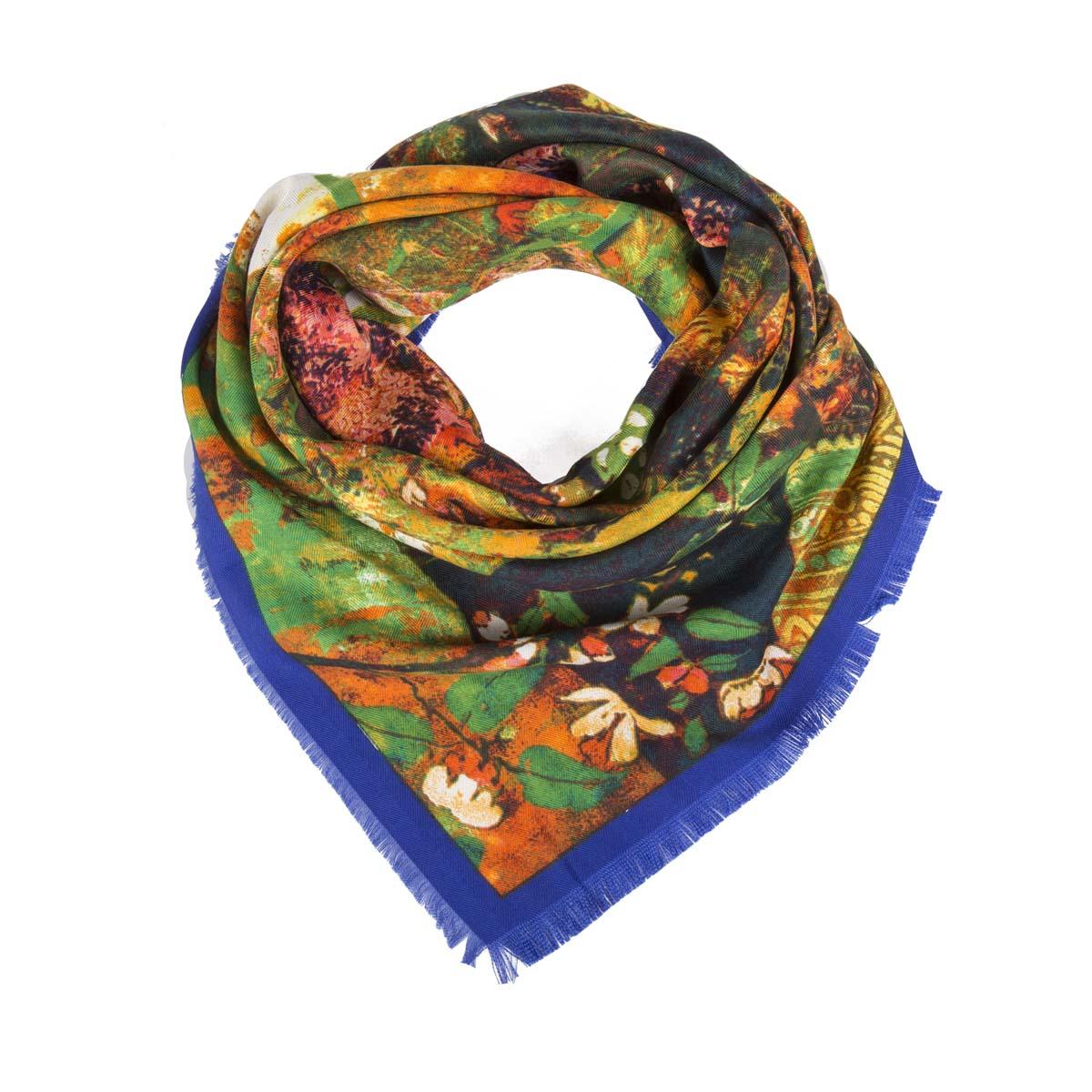 Платок женский. 23/039823/0398/058Великолепный платок с абстрактным принтом декорирован бахромой по краям. Натуральная шерсть в составе платка превращает его в теплое и легкое изделие, которое согреет в холодную погоду. Легко и красиво драпируется. С этим платком вы всегда будете выглядеть женственной и привлекательной.