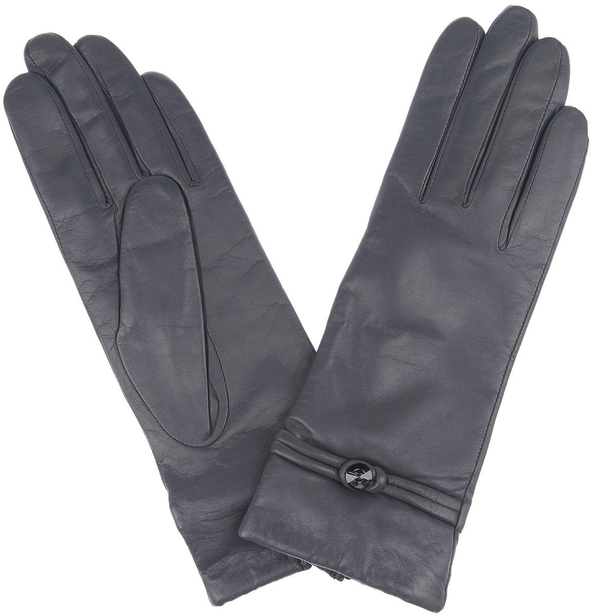 Перчатки женские. 4.74.7-9 greyСтильные женские перчатки Fabretti не только защитят ваши руки, но и станут великолепным украшением. Перчатки выполнены из чрезвычайно мягкой и приятной на ощупь натуральной кожи, а их подкладка - из шерсти с добавлением кашемира. Манжеты оформлены декоративным ремешком с бусиной. Тыльная сторона дополнена небольшим разрезом. Такие перчатки подчеркнут ваш стиль и неповторимость и придадут всему образу нотки женственности и элегантности.