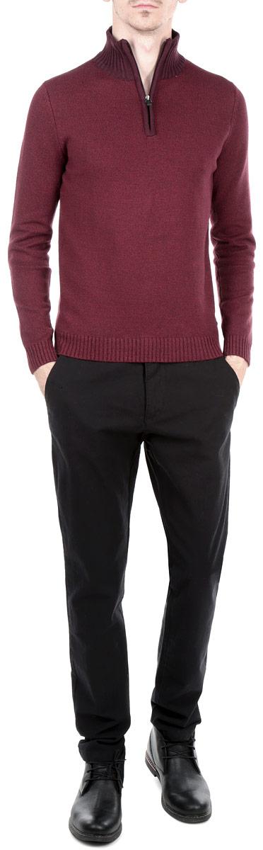 Свитер мужской. 3019801.00.103019801.00.10_5465Мужской свитер Tom Tailor, изготовленный из хлопка с добавлением акрила, мягкий и приятный на ощупь, не сковывает движений и обеспечивает наибольший комфорт. Модель мелкой фактурной вязки с воротником-стойкой и длинными рукавами застегивается от горловины на молнию. Манжеты рукавов, низ и воротник свитера связаны широкой резинкой. Такой замечательный свитер - базовая вещь в гардеробе современного мужчины, желающего выглядеть элегантно каждый день!
