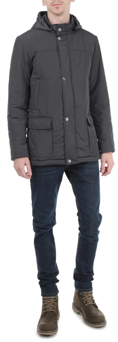 AL-2650Стильная мужская куртка Grishko с наполнителем из холлофайбера отлично подойдет для холодных дней. Холлофайбер – утеплитель, который отличается повышенной теплоизоляцией, антибактериальными свойствами, долговечностью в использовании, и необычайно легок в носке и уходе. Модель прямого кроя с длинными рукавами и воротником-стойкой застегивается на молнию и оснащена ветрозащитным клапаном на кнопках. Изделие дополнено двумя втачными карманами на кнопках и двумя накладными карманами спереди, двумя внутренними карманами на кнопках и кармашком для мобильного телефона на липучке. Также куртка имеет съемный капюшон на молнии, его объем регулируется при помощи шнурка-кулиски. На талии куртка затягивается на шнурок-кулиску. Эта модная и в то же время комфортная куртка согреет вас в любые морозы и отлично подойдет как для прогулок, так и для занятия спортом.