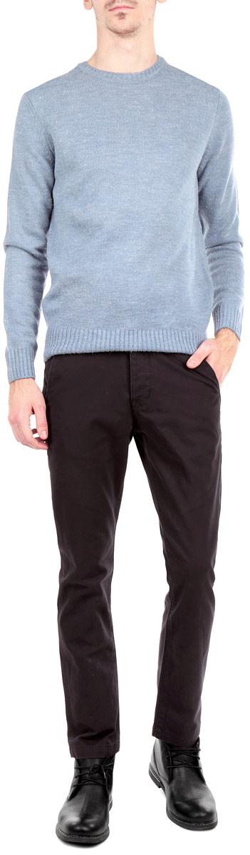 БрюкиB795505Стильные мужские брюки Baon, выполненные из натурального хлопка высочайшего качества, мягкие и приятные на ощупь, не сковывают движения, обеспечивая наибольший комфорт. Брюки классического прямого кроя и средней посадки застегиваются на пуговицы в поясе и ширинку на скрытые пуговицы, имеются шлевки для ремня. Спереди модель оформлена двумя втачными карманами с косыми срезами, а сзади - двумя прорезными карманами с клапаном на пуговице. Эти модные и в тоже время комфортные брюки послужат отличным дополнением к вашему гардеробу.