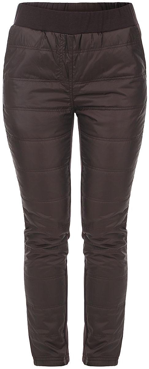 БрюкиB295521Утеплённые женские брюки Baon сочетают в себе футуристичность дизайна и практичность исполнения. Брюки изготовлены из двух материалов: спереди это водоотталкивающая ткань, а сзади - плотный трикотаж с мягкой длинноворсной подкладкой. Изделие не имеет застежки. Эластичный пояс-резинка обеспечит удобство надевания и ношения. По бокам расположено два врезных кармана. В таких брюках вы не замерзнете в холодную погоду и будете выглядеть стильно и привлекательно.