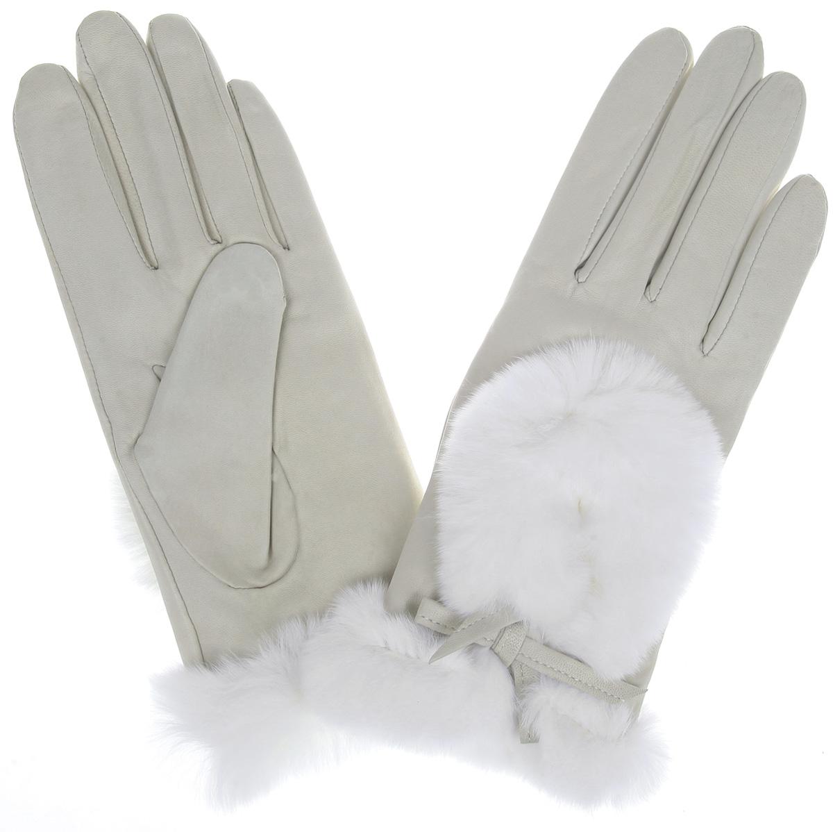 Перчатки женские. IS617IS617Элегантные женские перчатки Eleganzza станут великолепным дополнением вашего образа и защитят ваши руки от холода и ветра во время прогулок. Перчатки выполнены из натуральной кожи и имеют подкладку из шерстяной пряжи, что позволяет им надежно сохранять тепло и обеспечивает высокую гигроскопичность. Перчатки оформлены натуральным мехом кролика и дополнены оригинальными декоративными каплевидными вырезами на тыльной стороне. Такие перчатки будут оригинальным завершающим штрихом в создании современного модного образа, они подчеркнут ваш изысканный вкус и станут незаменимым и практичным аксессуаром.