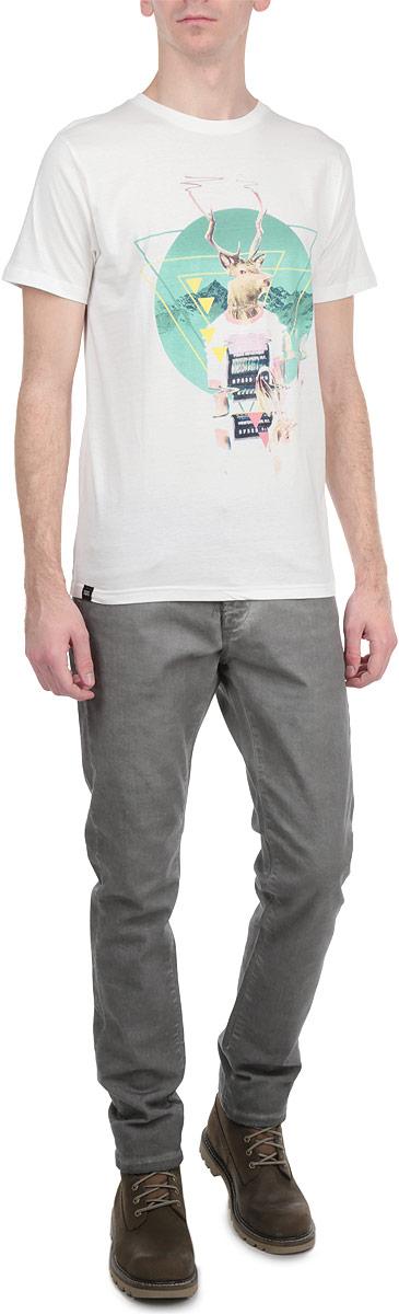 Футболка14114Симпатичная мужская футболка Dedicated Glitch Deer Off станет модным дополнением к вашему гардеробу. Модель изготовлена из высококачественного материала, благодаря чему великолепно пропускает воздух и обладает высокой гигроскопичностью. Футболка прямого кроя, с короткими рукавами и круглым вырезом горловины оформлена забавным принтом. Такая футболка будет отлично смотреться на вас.