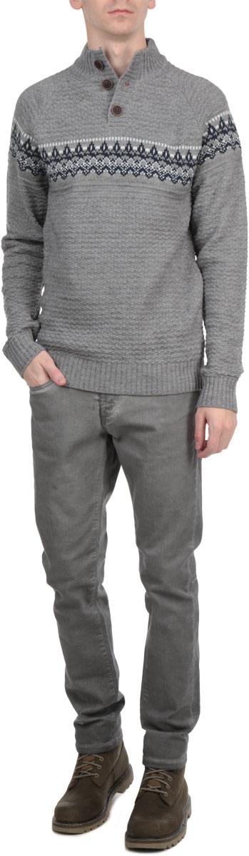 Пуловер10153086 557Мужской свитер Broadway, изготовленный из высококачественной пряжи, мягкий и приятный на ощупь, не сковывает движений и обеспечивает наибольший комфорт. Модель мелкой фактурной вязки с воротником-стойкой и длинными рукавами. Манжеты рукавов, низ и воротник свитера дополнены эластичными резинками. Такой замечательный свитер - базовая вещь в гардеробе современного мужчины, желающего выглядеть элегантно каждый день!