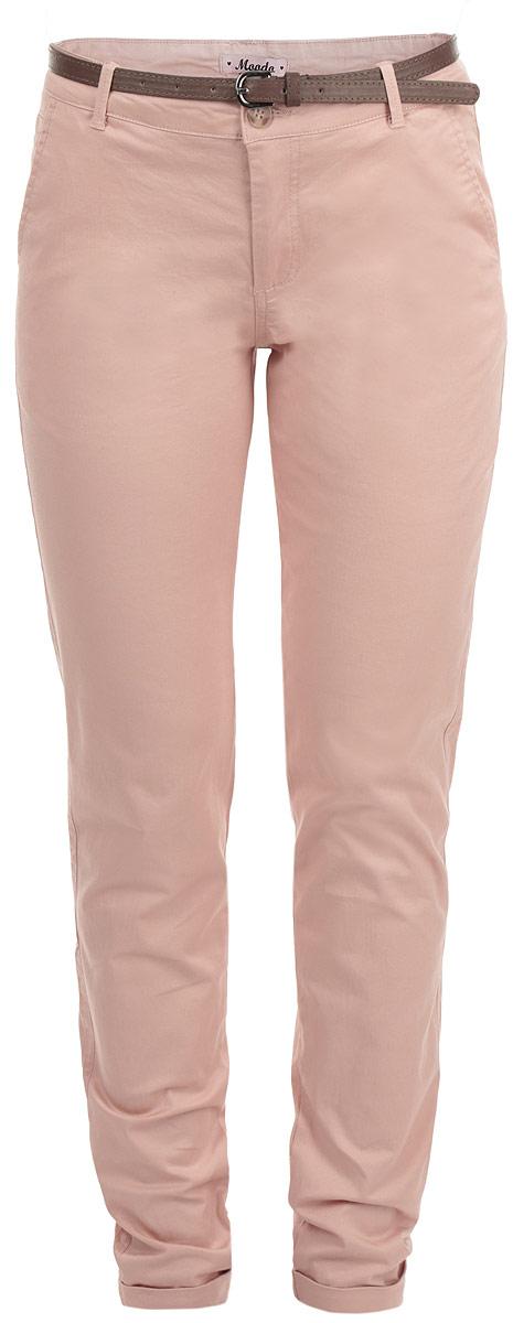 Брюки женские. L-SP-1708L-SP-1708 PASTEL PINKСтильные женские брюки Moodo созданы специально для того, чтобы подчеркивать достоинства вашей фигуры. Модель прямого кроя и средней посадки станет отличным дополнением к вашему современному образу. Застегиваются брюки на пуговицу в поясе и ширинку на застежке-молнии, имеются шлевки для ремня и тонкий ремешок в комплекте. Спереди модель оформлена двумя втачными карманами с косыми срезами И небольшим прорезным кармашком, а сзади - имитацией прорезных кармашков с клапанами на пуговицах. Брючины дополнены отворотами. Эти модные и в тоже время комфортные брюки послужат отличным дополнением к вашему гардеробу. В них вы всегда будете чувствовать себя уютно и комфортно.