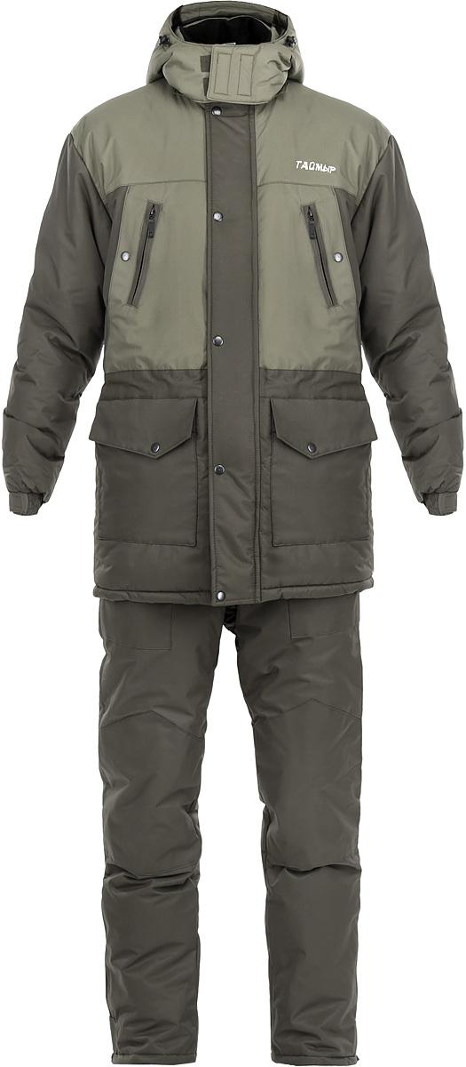 Костюм рыболовный0054558 ТаймырРыболовный костюм Таймыр состоит из удлиненной куртки и полукомбинезона. Костюм изготовлен из нейлона таслана с утеплителем Аляска. Утеплитель Аляска изготавливается из высокоизвитых полых силиконизированных волокон, что придает данному утеплителю высокие показатели по теплоизолирующим и компрессионным свойствам. Костюм предназначен для носки при температуре до -35°С. Куртка прямого кроя со съемным регулируемым кулиской капюшоном. Застегивается куртка на застежку-молнию и ветрозащитный клапан на кнопках. Воротник-стойка с мягкой микрофлисовой подкладкой. По линии талии расположена внутренняя кулиска со стопперами. Манжеты рукавов собраны эластичной резинкой и фиксированы липучкой. Удобная конструкция карманов: на груди два врезных кармана на молниях и два прорезных кармана на кнопках, два накладных кармана с клапанами на кнопках в нижней части куртки. Также на внутренней стороне предусмотрен один накладной вместительный карман на молнии. Полукомбинезон имеет...