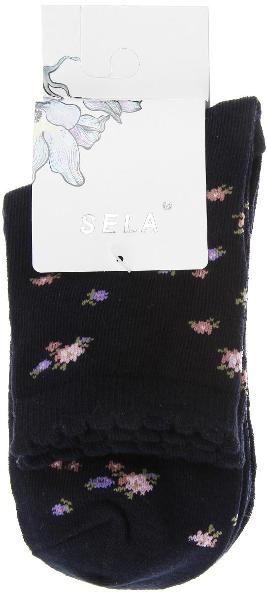 Носки женские, 2 пары. SOb-154/243-5303-2setSOb-154/243-5303-2setУдобные женские носки Sela, изготовленные из эластичного хлопка и полиамида, идеально подойдут вам. Благодаря содержанию хлопка в составе, кожа сможет дышать, а эластан позволяет носочкам легко тянуться, что делает их комфортными в носке. Эластичная резинка плотно облегает ногу, не сдавливая ее. В комплект входят две пары носков. Одна модель дополнена цветочным принтом, вторая - однотонная.
